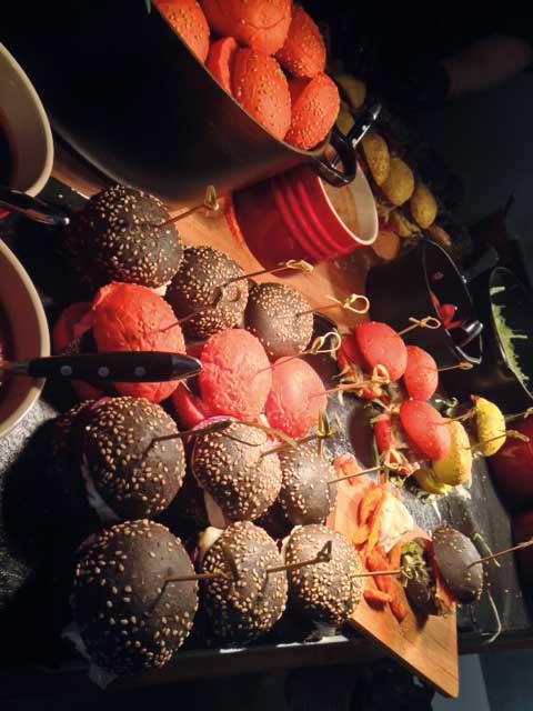 STROKE – A DARING PREVIEW / Weltbeste Burger! Veggie: Mit Rote Beete & Ziegenkäse