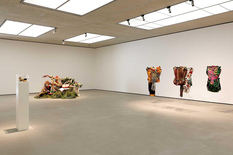 Yinka Shonibare CBE. End of Empire, Ausstellungsansicht, Museum der Moderne Salzburg, 2021